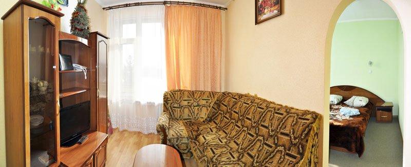 Санаторій «Шахтар» Трускавець  Двокімнатний номер Люкс з кухнею  Фото №1