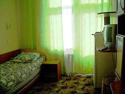 Санаторий «Жемчужина Прикарпатья» Трускавец  Одноместный номер Стандарт Фото №4