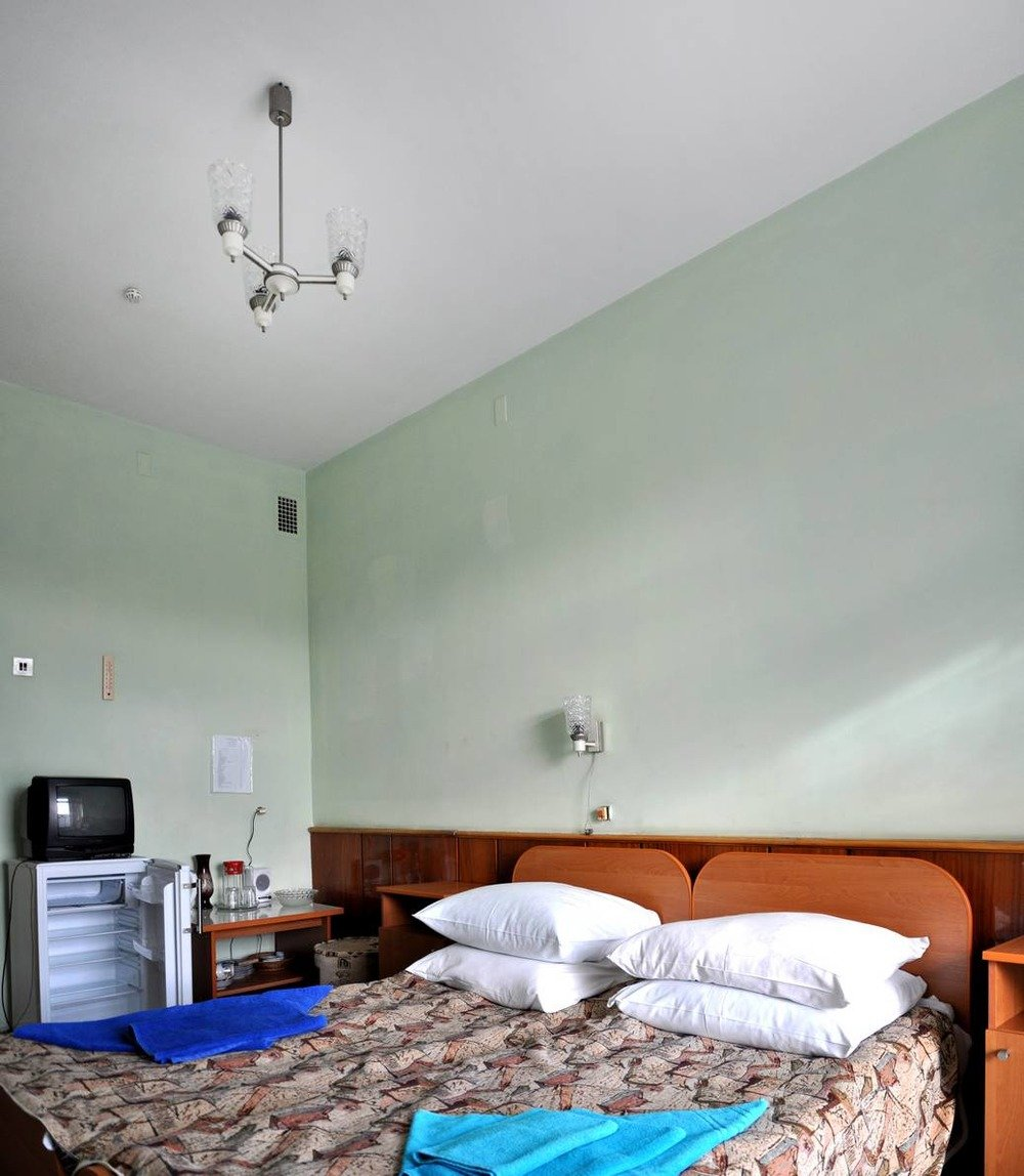 Санаторий «Хрустальный Дворец» Трускавец Двухместный номер категории B (корпус №4) Фото №3