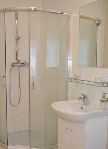 Санаторий «Вернигора» Модричи Standart double / Стандартный номер с двухместной кроватью  Фото №3