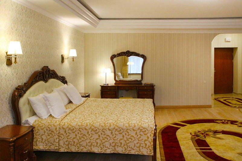 Готель «ДіАнна» Східниця   Півлюкс Superior Фото №3
