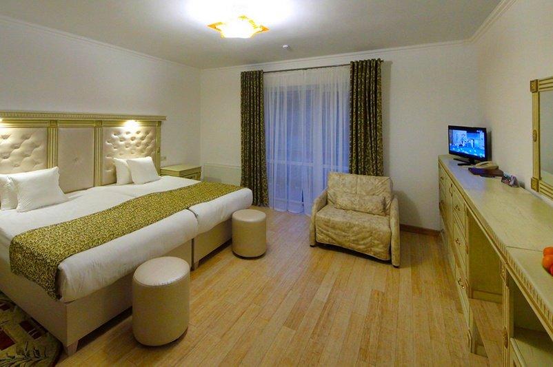 Готель «ДіАнна» Східниця   Півлюкс Junior Фото №9