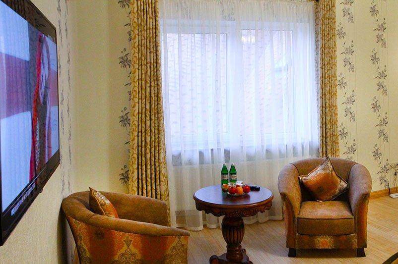 Готель «ДіАнна» Східниця   Півлюкс Junior Фото №2