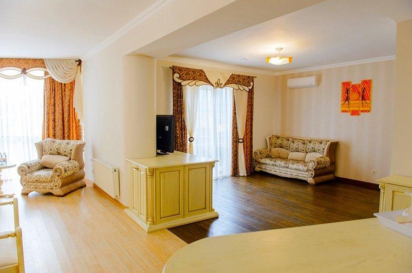 Готель «ДіАнна» Східниця   Люкс Superior Фото №4