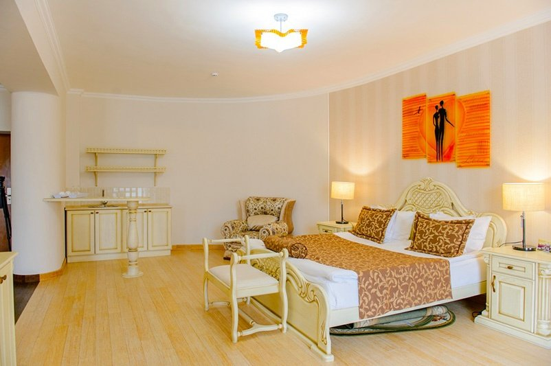 Готель «ДіАнна» Східниця   Люкс Superior Фото №5