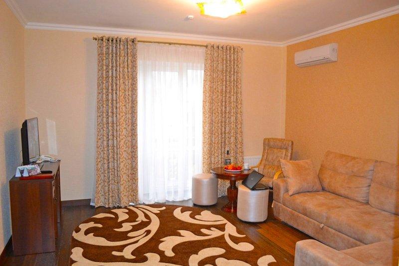 Отель «ДиАнна» Сходница Люкс Superior Фото №6