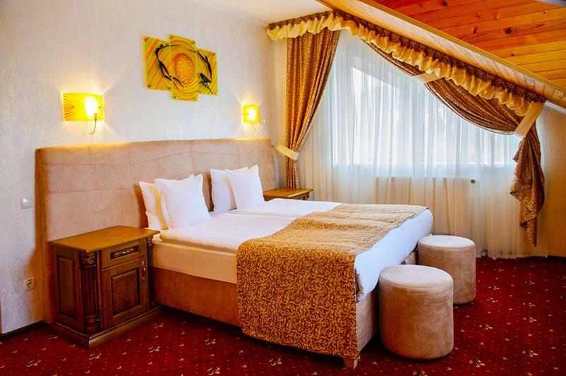 Готель «ДіАнна» Східниця   Люкс Classic Фото №3