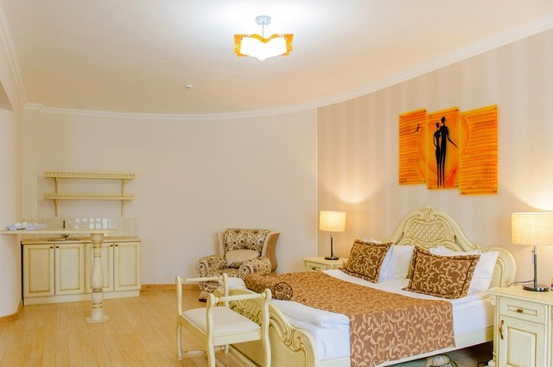 Готель «ДіАнна» Східниця   Люкс Comfort Фото №3