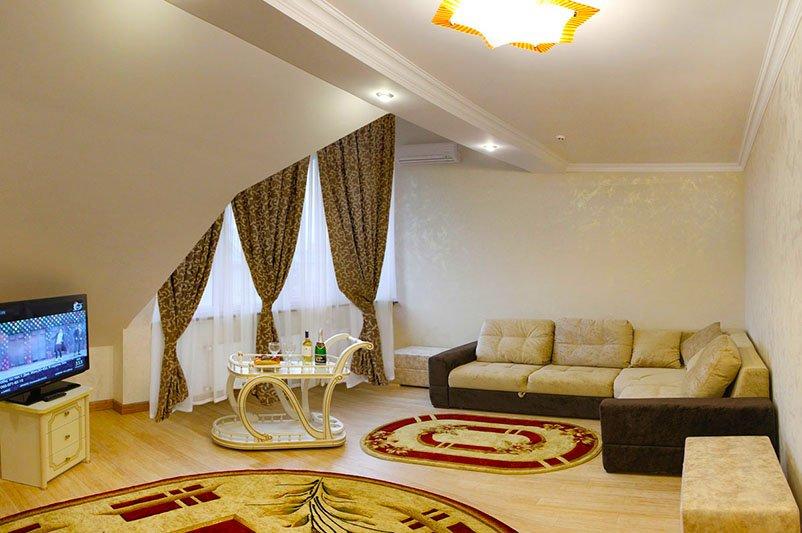 Готель «ДіАнна» Східниця   Двохрівневий Люкс Фото №8