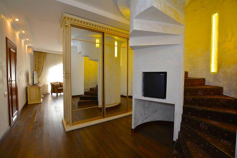 Отель «ДиАнна» Сходница Двухуровневый Люкс Фото №6