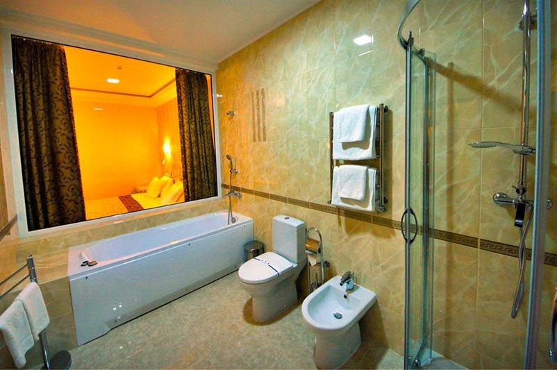 Готель «ДіАнна» Східниця   Трьохкімнатний Люкс Фото №1