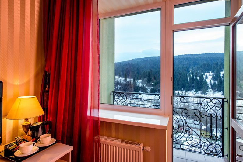 Готель «Київська Русь» Східниця  Номер Півлюкс Фото №4