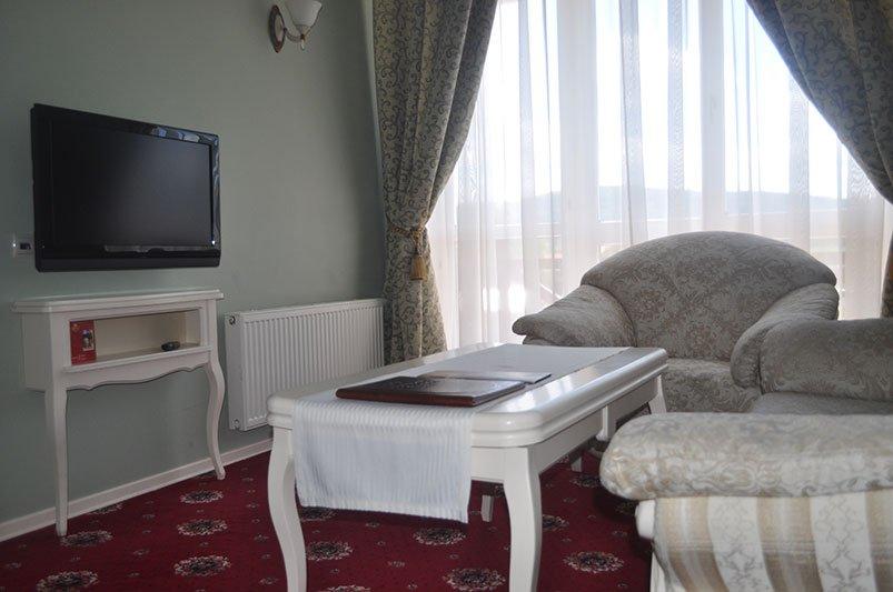 Готель «Респект» Східниця Номер Панорамний Люкс Фото №6