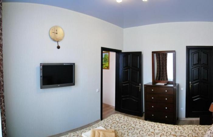 Санаторій «Поділля» м.Хмільник 2-х кімнатні Апартаменти з міні-кухнею Фото №2