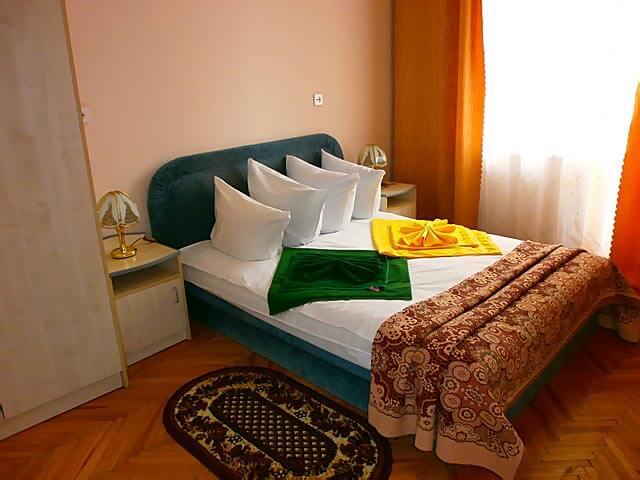 Санаторий «Черемош» Моршин Стандарт Плюс (3 комнатный) Фото №1