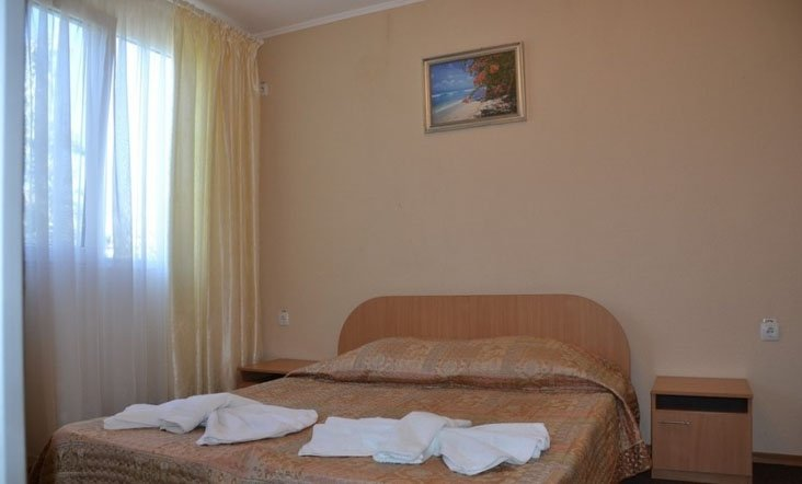 Санаторий «Нефтехимик Украины» Семейный 2-х комнатный Фото №2