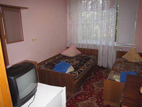 Санаторий «Кирилловка» Эконом с удобствами на этаже Фото №2