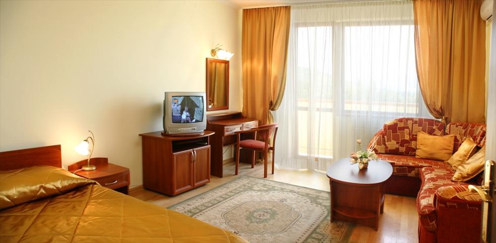 Санаторій «Сузір'я» Закарпаття 2-місний 3-кімнатний номер Люкс Апартаменти Фото №4