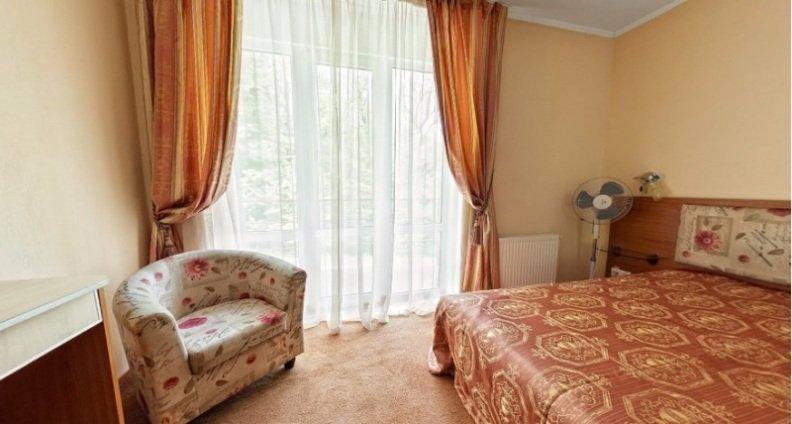 Санаторий «Карпаты» Чинадиево 2-х комнатный одноместный номер Люкс (корпус№ 3) Фото №4