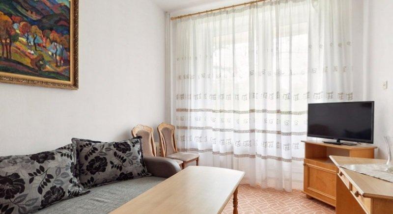Санаторій «Карпати» Чинадієво 2-х кімнатний одномісний номер Люкс ( корпус №1) Фото №2