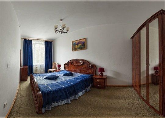 Санаторій «Карпати» Чинадієво 2-х кімнатні 2-х місні номери Люкс (корпус №1) Фото №1