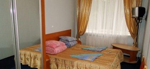 Санаторій «Карпати» Чинадієво 2-х місний номер (корпус № 5) Фото №1
