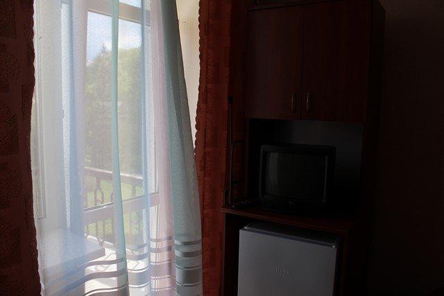 Санаторій «Сонячне Закарпаття» Поляна 2-кімнатний 2-місний номер 2 категорії Фото №3