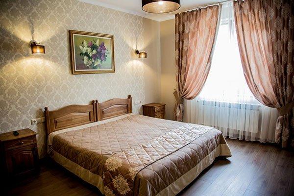 Отель «Жаворонок» Берегово Люкс (103D, 205D) Фото №1