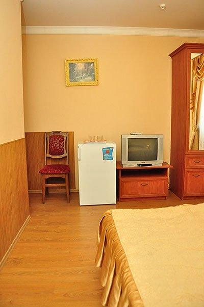 Отель «Жаворонок» Берегово Стандарт (204В, 304В) Фото №2