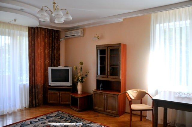 Санаторий «Солнечная Поляна» Закарпатье Апартаменты трехкомнатный Фото №4